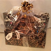 "5. Leopard wine carrier, tote bag and wine ""woozies"""